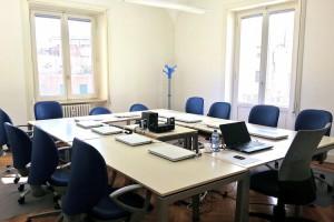 Sala riunioni 12 persone