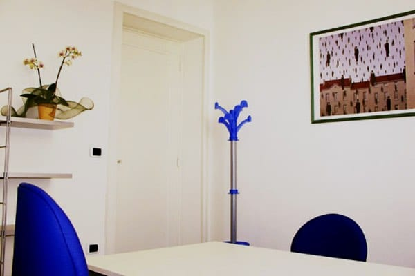 """""""Magritte"""" office Size: 12 sq. mts. Workstations: 1 or 2 Description: quiet and comfortable office with vaulted ceiling"""